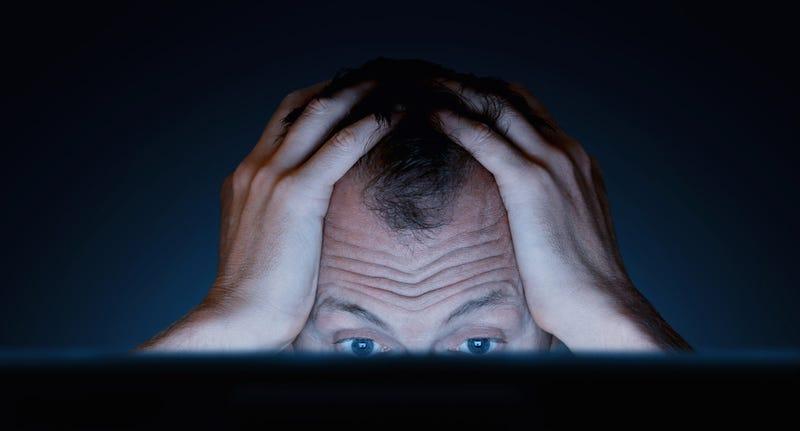 Cómo te daña la vista la pantalla del ordenador, y cómo evitarlo