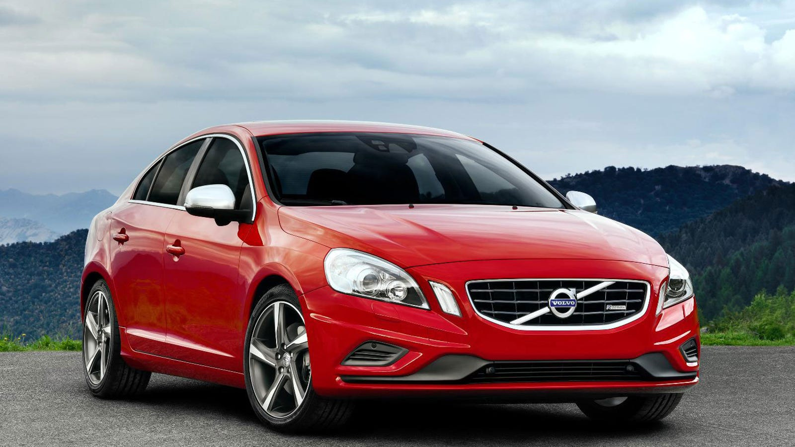 next volvo s60 r design will offer 325 hp turbo six. Black Bedroom Furniture Sets. Home Design Ideas