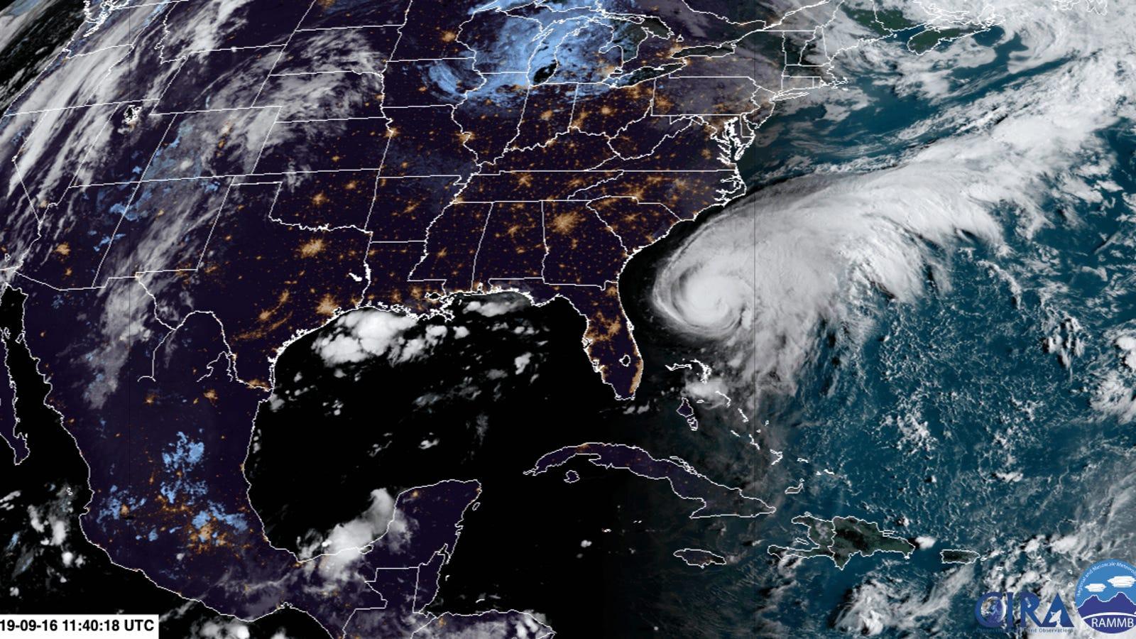 Hurricane Humberto Heads Toward Bermuda
