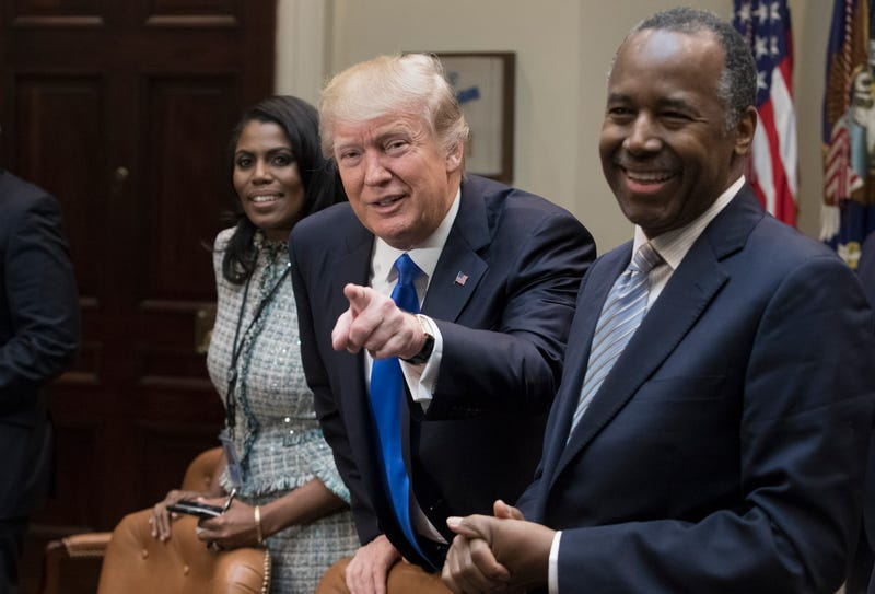 Illustration for article titled Omarosa Confirms What We All Suspected: Trump's a Racist Who Uses the N-Word