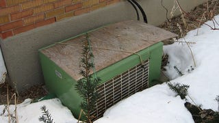 Illustration for article titled Cover Your Air Conditioner With Plywood to Protect It For the Winter
