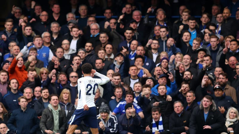 Illustration for article titled Feast Your Eyes On These Photos Of Enraged Chelsea Fans Flipping Off Dele Alli