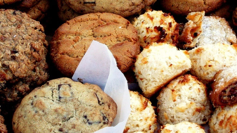 Illustration for article titled Tips for Shipping Homemade Cookies the Right Way