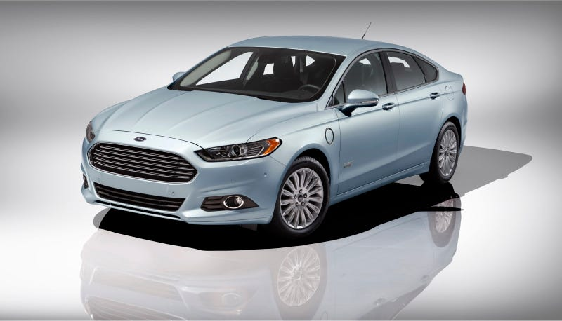 Illustration for article titled 2013 Ford Fusion Energi First Photos
