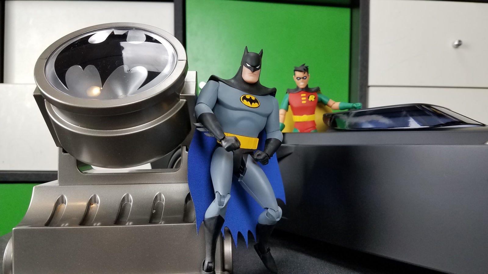 Festeggia anni di batman the animated series con un jailbreak
