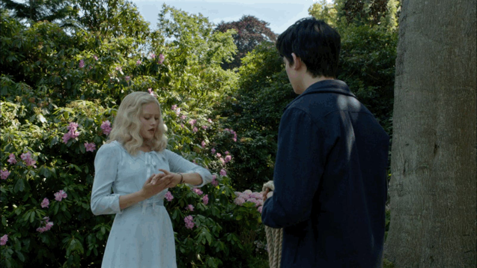 In Miss Peregrine S Home For Peculiar Children A Time Loop Is