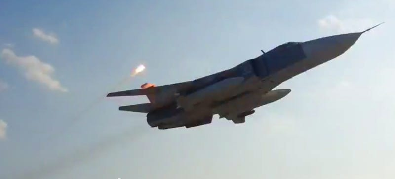 Illustration for article titled Watch These Flare Spewing SU-24's Perform A Very Low Flyby