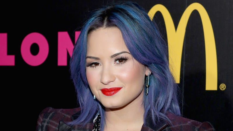 Illustration for article titled Demi Lovato Reveals She Used to Smuggle Cocaine on Airplanes