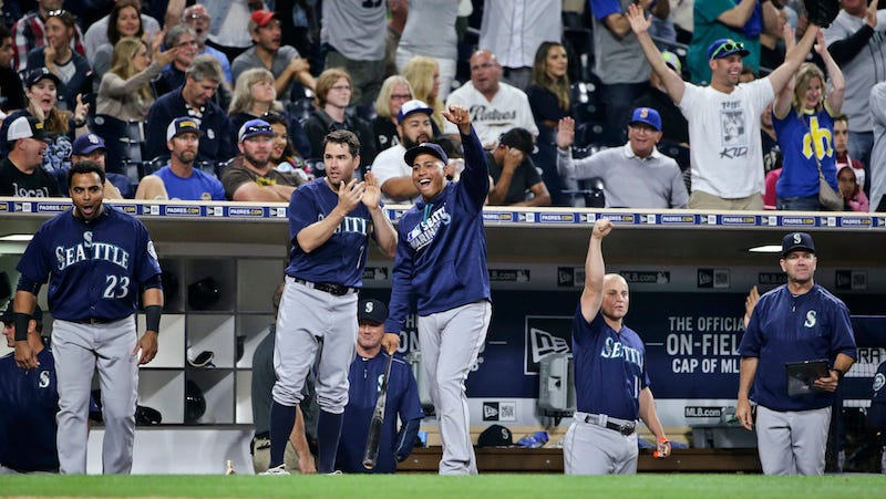 Illustration for article titled Padres Blow 10-Run Lead, Give Up Nine Runs With Two Outs, Are A Complete Embarrassment