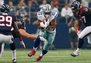 Illustration for article titled Cowboys RB Arrested For Allegedly Stealing Cologne And Underwear
