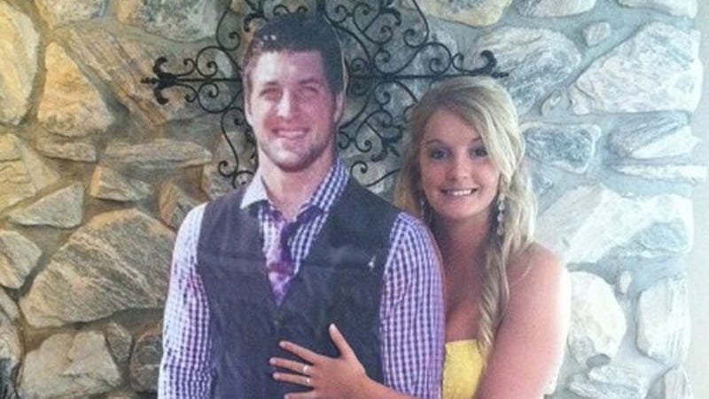 Illustration for article titled Make Your Own Prom Date: Tim Tebow Edition