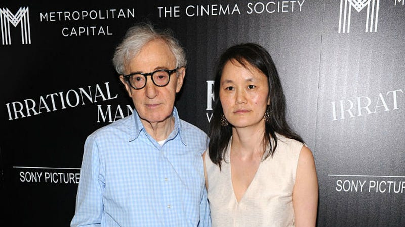 Illustration for article titled Woody Allen Boasts About Saving and Educating His Wife in Tremendously Creepy New Interview