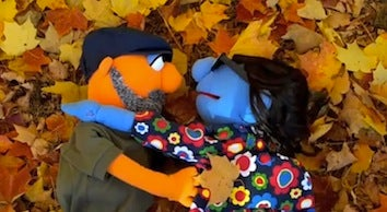 Illustration for article titled Today In Viral Marriage-Proposal Videos: Muppets!