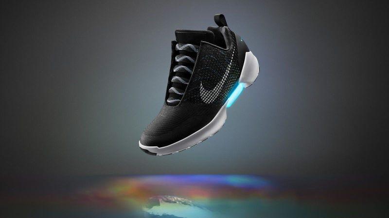 Illustration for article titled Nike lanzará en 2019 unas zapatillas que se atan solas como en Back to the Future a un precio asequible