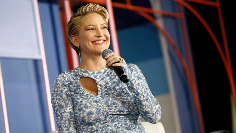 Illustration for article titled Kate Hudson Becomes Weight Watchers Brand Ambassador, Tells Oprah She's Doing It for Her Kids