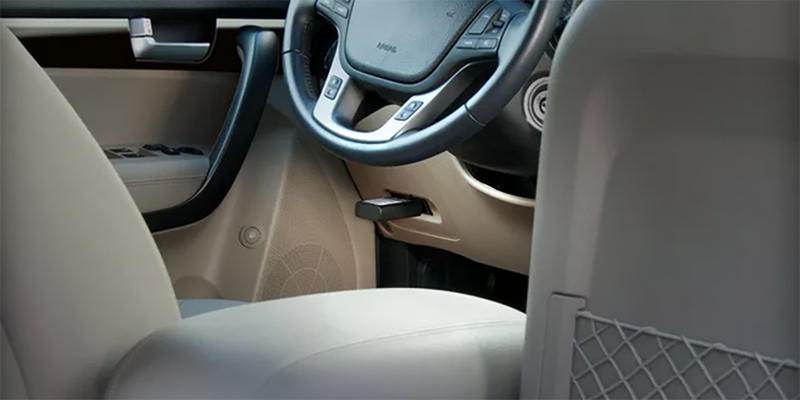 AT&T's New Gadget Will Put Wifi in Your Old Ass Car