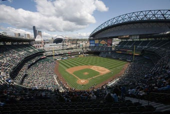 Illustration for article titled Yankee Fans Should Relocate To Safeco Field