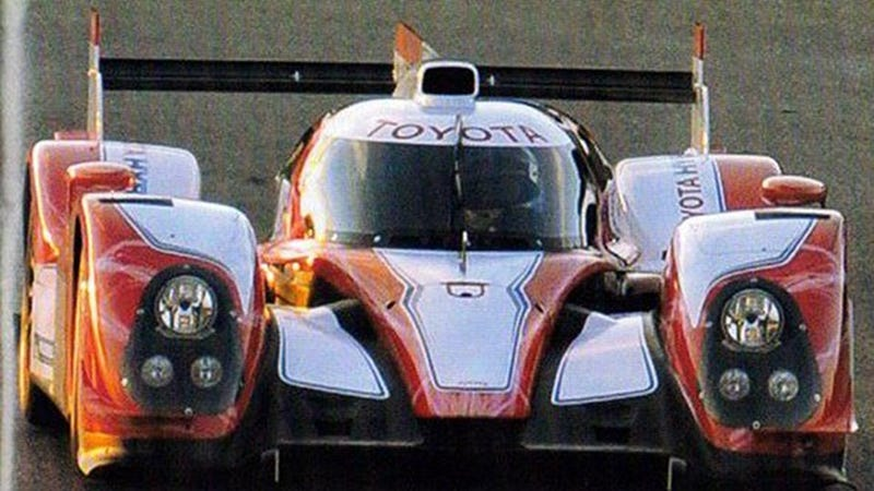 Illustration for article titled Toyota Le Mans Hybrid Prototype: First Photos