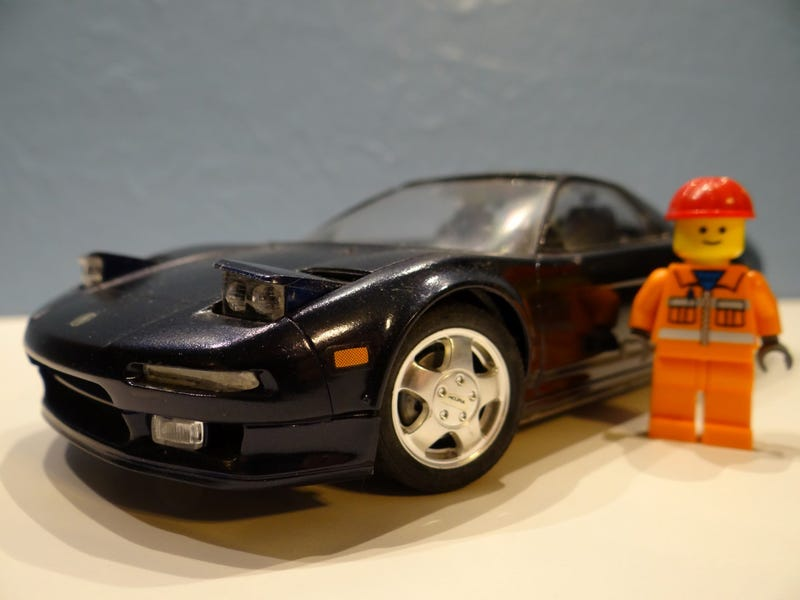 Illustration for article titled Tamiya Acura NSX 1:24 Model   Lots of Pics