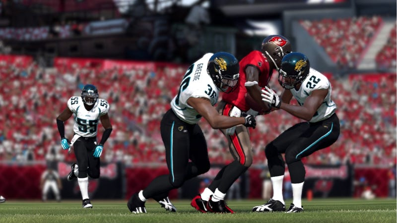 Illustration for article titled Multiplayer Steals the Show in Madden NFL 12