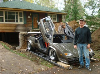 Illustration for article titled Countach Guy Needs Help: Basement-Built Lamborghini Fans Lead To Huge Web Hosting Bill