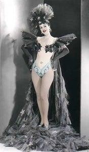 A Burlesque Dancer Denounces Burlesque