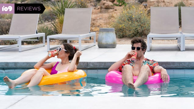 Palm Springs Is an Excellent Time Loop Romance Fueled by Adorable Awkwardness