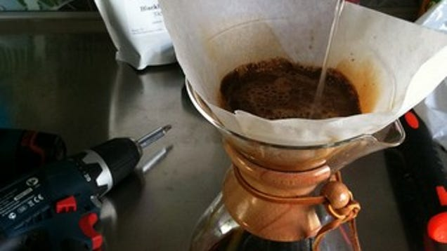 Brew Simple No Electricity Drip Coffee With A Chemex Coffe