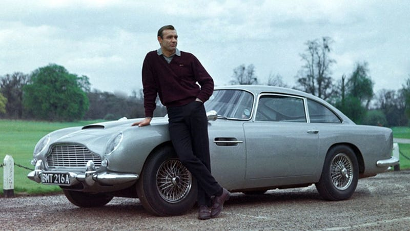 Illustration for article titled The Leaked Aston Martin DB5 LEGO Kit Looks Like It's In Excruciating Pain