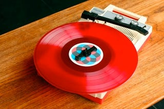 Illustration for article titled Even On a Tablet, iTunes Can't Compete with Red Vinyl