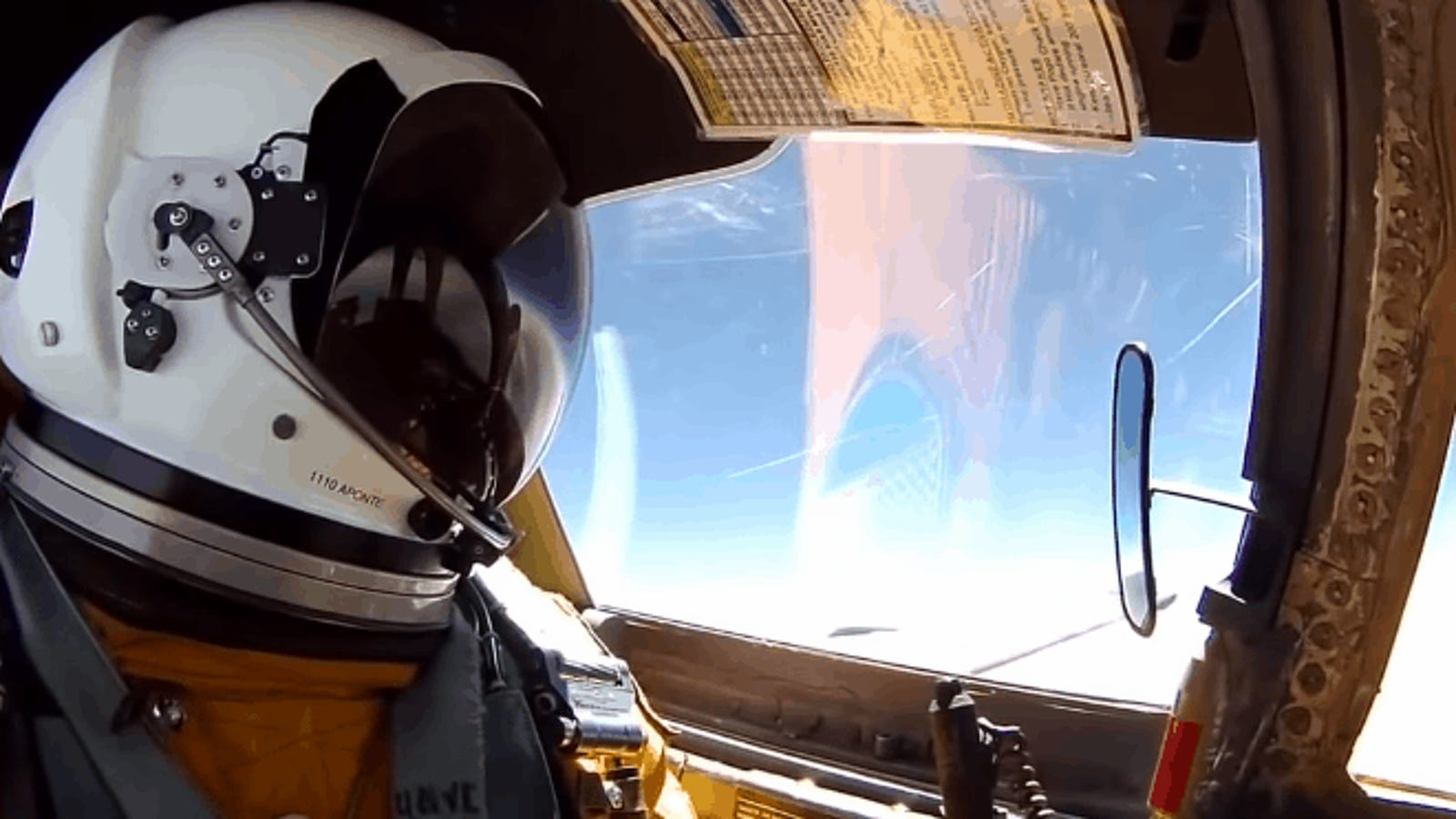 Así es volar en el avión espía U-2, uno de los más difíciles de pilotar en el mundo