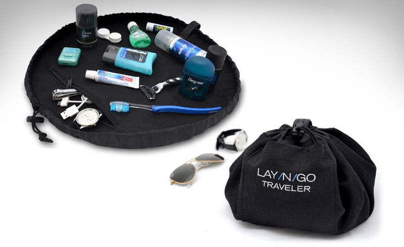 Illustration for article titled Lay-N-Go Traveler Makes Finding Small Items in Your Bag Super Easy