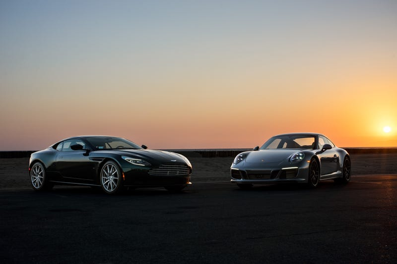 Illustration for article titled Your Ridiculously Awesome Porsche 911 And Aston Martin DB11 Wallpapers Are Here