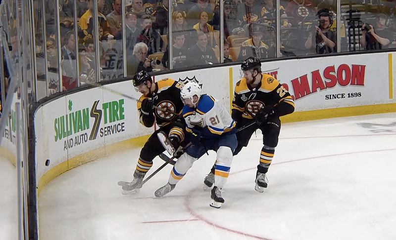 Illustration for article titled Blues Benefit From Controversial No-Call To Take 3–2 Series Lead Over Bruins