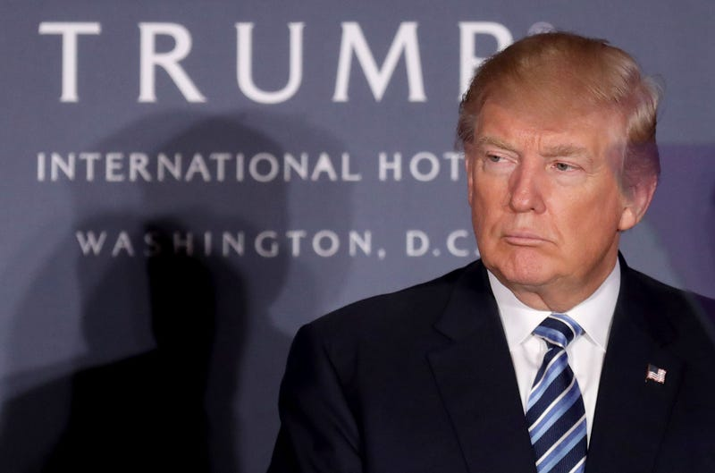 Illustration for article titled Trump's Inaugural Fund Spent More Than $1.5 Million at Trump International Hotel: Report