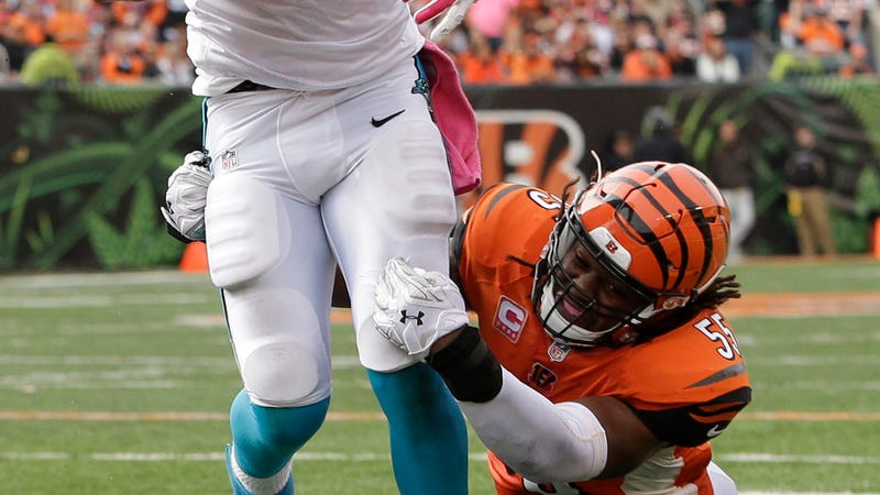 Illustration for article titled Vontaze Burfict Is Back To Committing Post-Play Misdemeanors