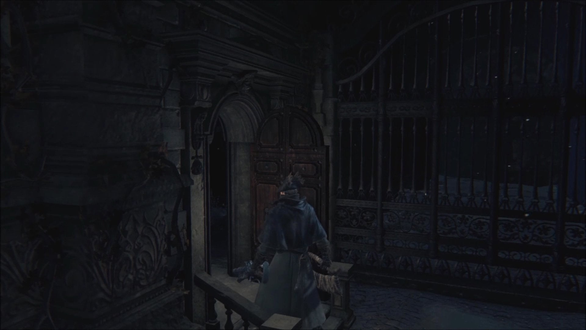 When Bloodborne first launched players quickly discovered a door at the end of the bridge behind the Cleric Beast. Thereu0027s no way to open the door ... & The Little Mystery Behind An Unused Door In Bloodborne