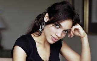 Illustration for article titled Netflix's Daredevil TV Series Adds Rosario Dawson As... Somebody