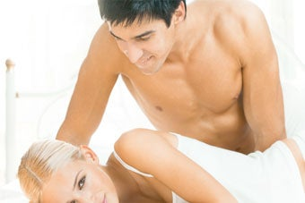 Illustration for article titled Healthy Sex Life — And Fidelity — Lengthen Men's Lives
