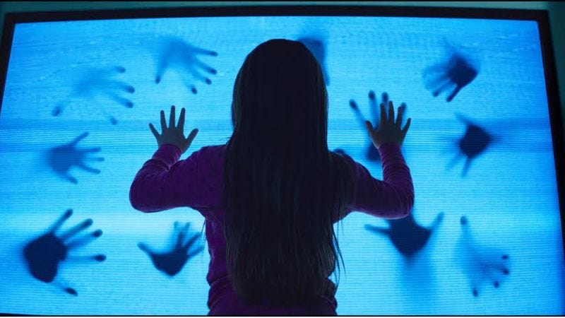 Illustration for article titled The new Poltergeist can't outrun its source material