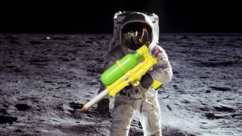 Illustration for article titled Martian Lawsuits And Super Soakers: The Weirdest Moments In NASA History