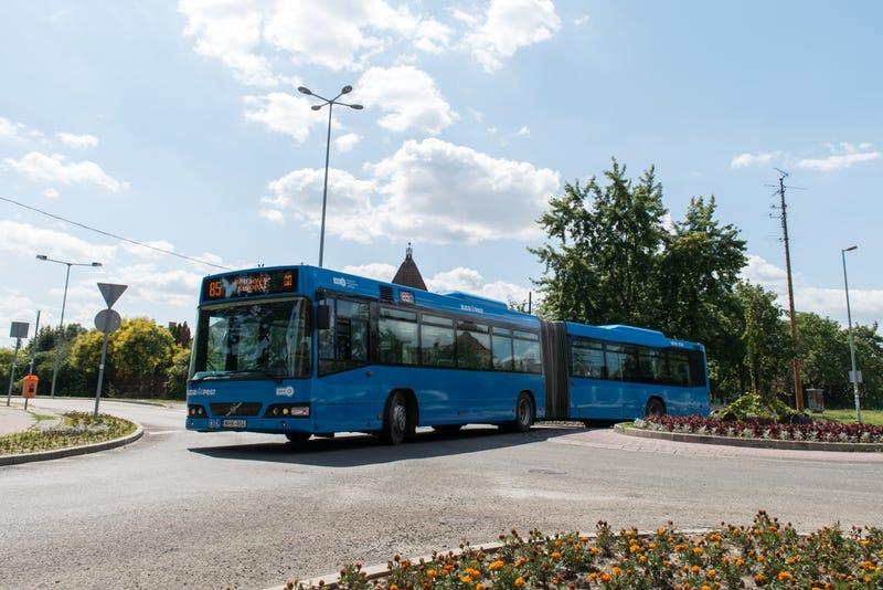 Illustration for article titled Kipróbáltuk a frissen érkezett Volvo-buszokat. Van egy-két furcsaság
