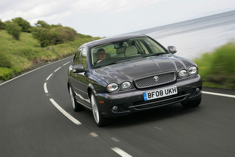 Illustration for article titled Jaguar X-Types are a thing of sensible beauty.
