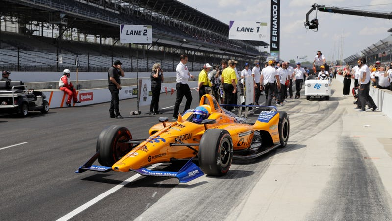 Fernando Alonso before being eliminated from the Indianapolis 500 in qualifying.