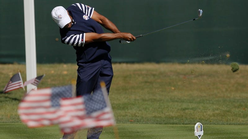 Illustration for article titled Tiger Woods Apologized For Singlehandedly Losing The Ryder Cup