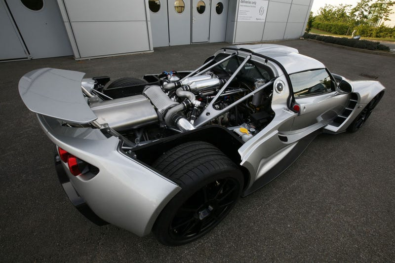 Ten Awesome Cars With Large Engines - Really awesome cars