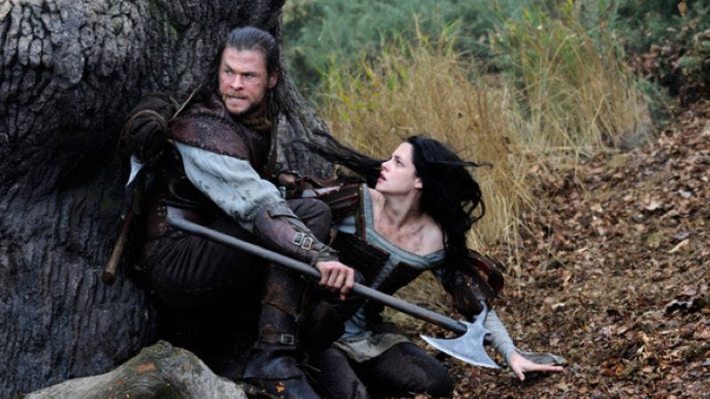Illustration for article titled Yes, there will probably be a Snow White And The Huntsman sequel