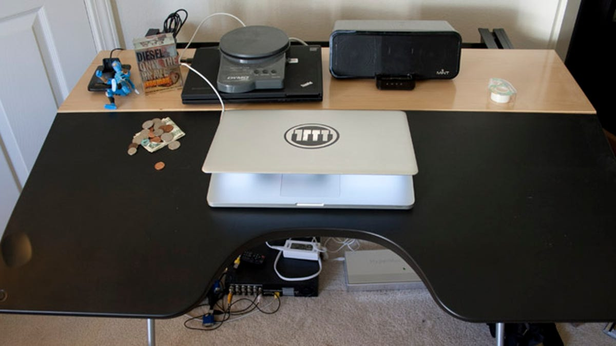 Charmant Review: Herman Miller Envelop Reclining Desk