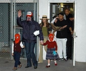 Illustration for article titled Michael Jackson, Debbie Rowe Allegedly Not Biological Parents Of His Kids