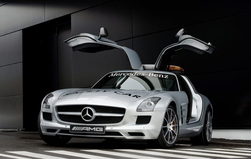 Illustration for article titled Mercedes To Rub In F1 Success With A Gullwing Hypercar: Report